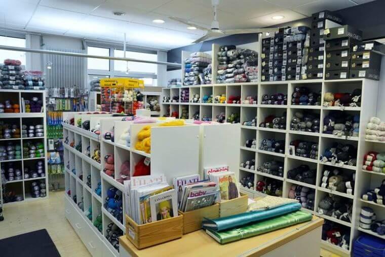 das Wollsortiment von Der Stoffladen in Lindenberg